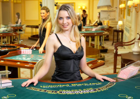 Blackjack con Crupier en Vivo