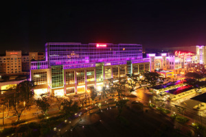 Andrew Tan añade un Ritz-Carlton Hotel a su complejo resort World Manila Casino
